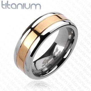 """Titaanisormus """"Solid Titanium Rose Gold IP Center Band Ring"""""""