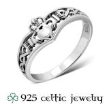 "Hopeinen Kelttisormus ""Celtic Knot Claddagh Silver Ring"""