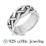 """Miesten Kelttisormus """"Plain Silver Celtic Knot Ring"""""""