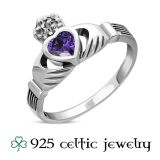 "Naisten Kelttisormus ""Claddagh Ring With Amethyst"""