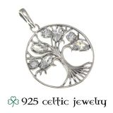 "Hopeinen Kelttikoru Hopeaketjulla ""Celtic Knot CZ Tree of Life"""