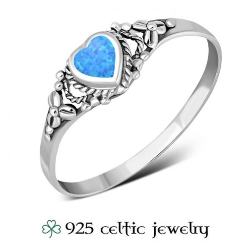 """Naisten Kelttisormus """"Heart Opal Silver Ring"""""""